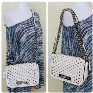 Coach 57139 Swagger Shoulder Bag In Pebble Studded